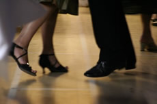 Ballroom dancing lessons for your first dance